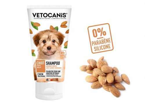 Shampoing VETOCANIS pour chiot à l'amande douce, sans parabène, ni silicone.